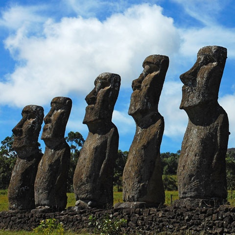 Easter Island: Who was There Before The Polynesians? 0d8350ec527017b05eb1c1b6c53466a0--easter-island-tiki-room