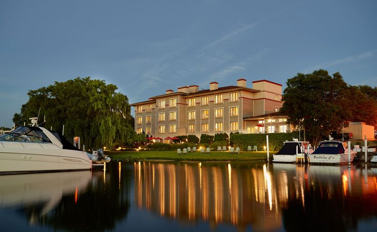 The Harbor Grand hotel in New Buffalo, Michigan - the perfect waterfront getaway