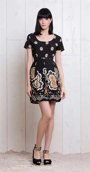 Só na Antix Store você encontra Vestido Flores Emolduradas com exclusividade na internet