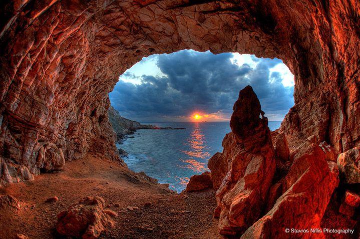 Arhilohos cave, named after the lyric poet