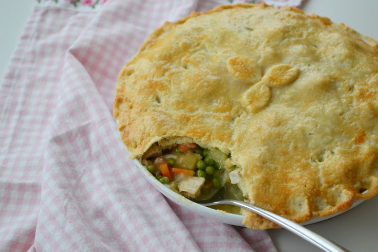 A store cupboard chicken pie that screams comfort food and can be thrown together with minimum stress. Get the full recipe here http://www.ilovecooking.ie/recipe/chicken-pot-pie/