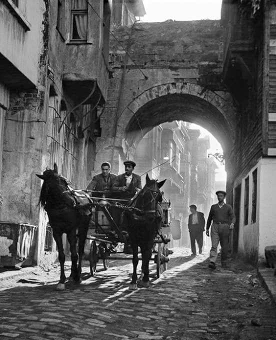 Şehzadebaşı, İstanbul, 1958 Ara Güler.