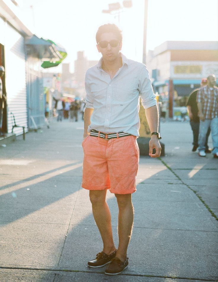 Cargo shorts and Bermuda shorts in plaid or denim from the likes of Theory, angrydog.ga and Marc by Marc Jacobs are a warm weather essential. Wear them with a polo shirt and sneakers for easy weekend style or smarten them up with a preppy blazer and boat shoes.