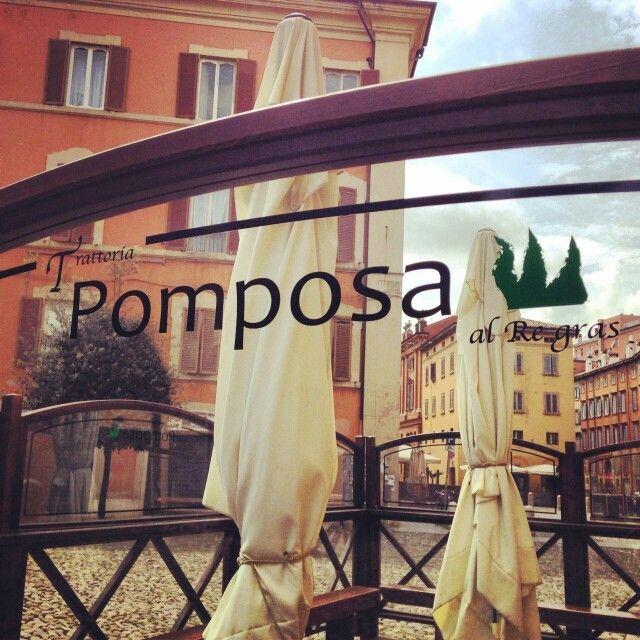 La trattoria immersa in Piazza Pomposa a Modena
