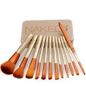 12pcs/Set de Pinceaux à Maquillage Professionnelles. Il est de la qualité de fabrication est très bonne, les poils doux et confortable, facile sur le maquillage.  Matériaux d'emballage: boîte en fer Couleur: Doré