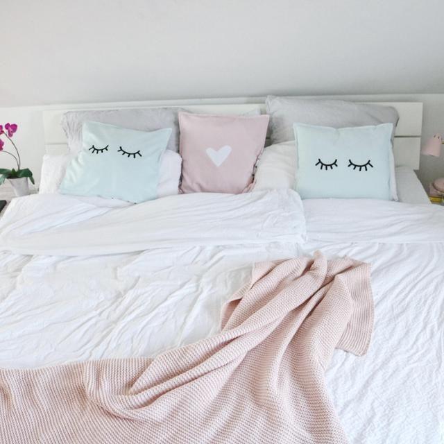 Die besten 25+ Kissen betten Ideen auf Pinterest   Nähprojekte für ...