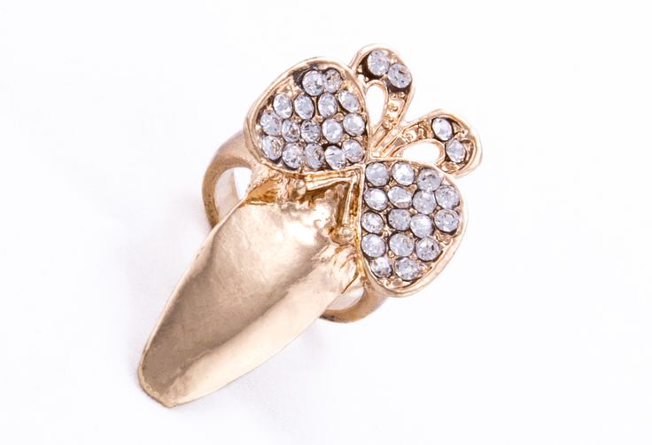 Butterfly Claw nail ring from www.nailcandi.co.za .Plated gold and nickel-free so it does not rub off.  Order online