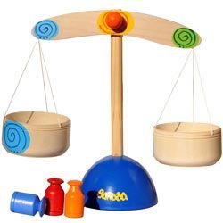 Деревянные игрушки  - Весы