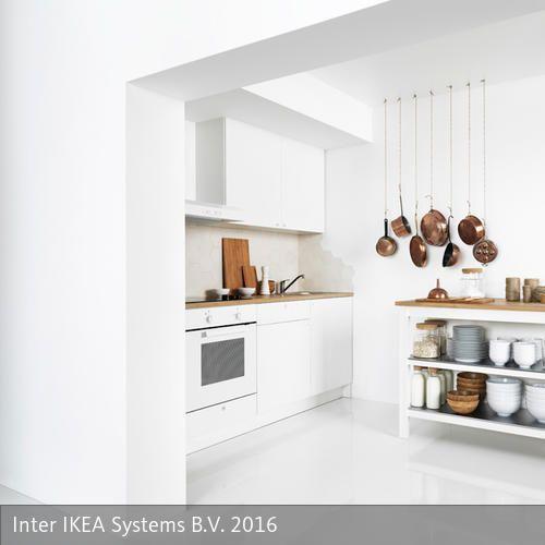 Die Anschaffung einer neuen Küche ist immer mit Kosten, Arbeit und vielen Überlegungen verbunden. Eine relativ kostengünstige und sehr beliebte Variante sind…