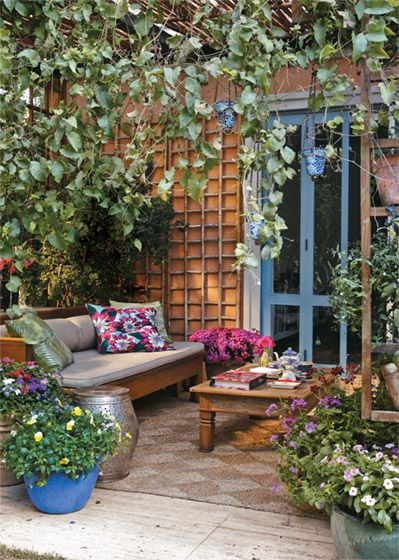 Beautiful backyard use of space ~♥~