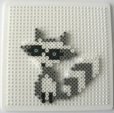 Gabulle in wonderland : raton laveur en perles à repasser (hama beads, raccoon)