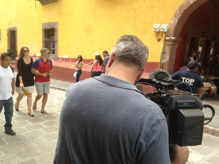 Behind the scene for House Hunters International by Yucatán Productions.