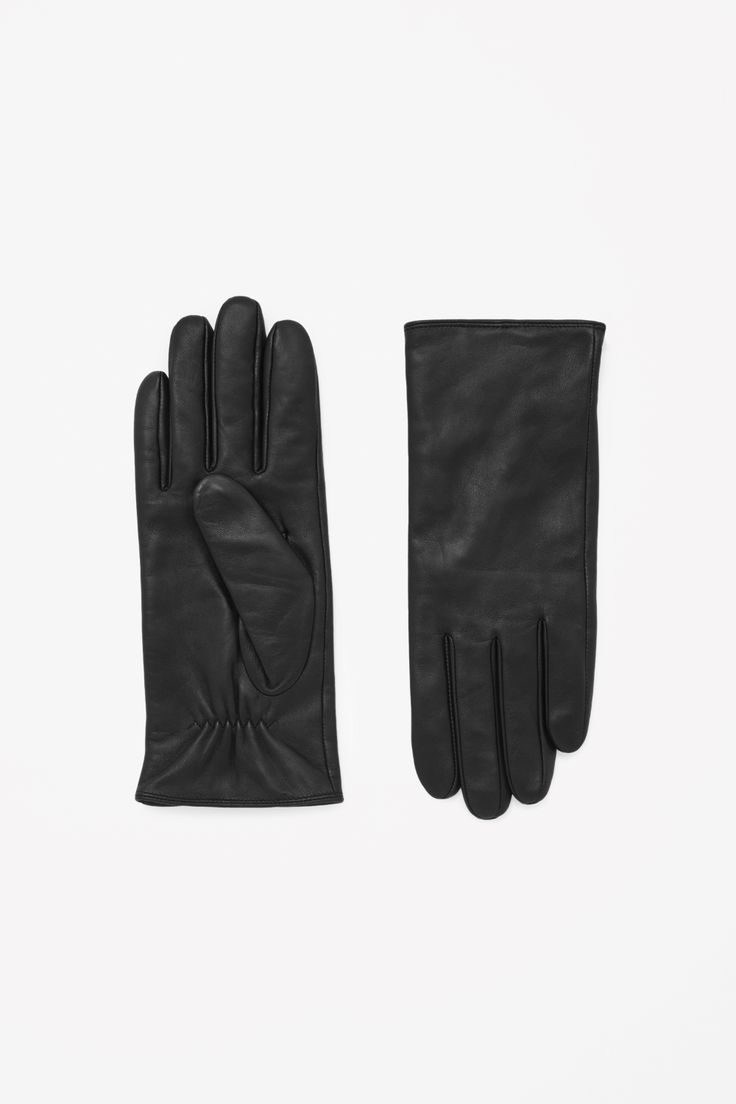 Leather gloves  Size S/M
