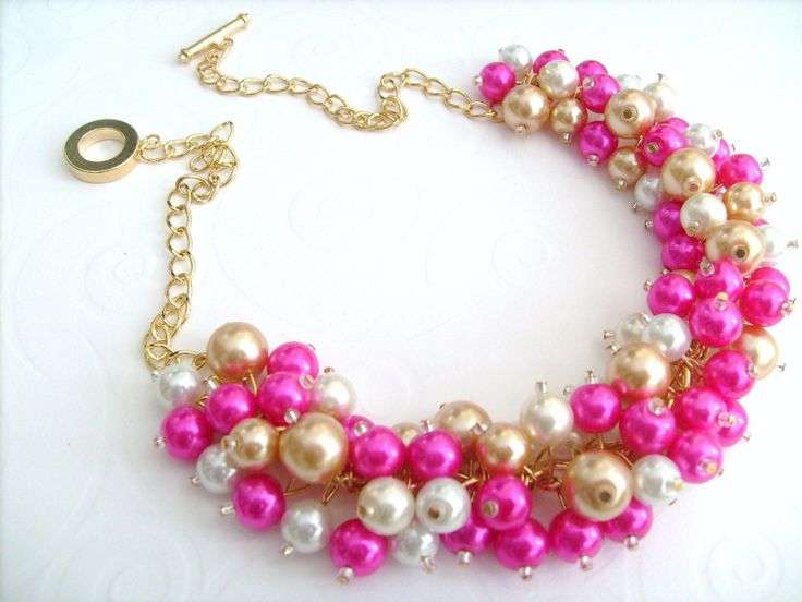 Pearl Beaded Necklace: Wedding Parties, Cluster Necklaces, Bridesmaid Necklaces, Beaded Necklaces, Beads Necklaces, Bridesmaid Jewelry, Bridesmaid Gifts, Chunky Necklaces Bridesmaid, Hot Pink Bridesmaids