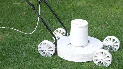 Start the Spring with your own 3D-printed lawn mower.