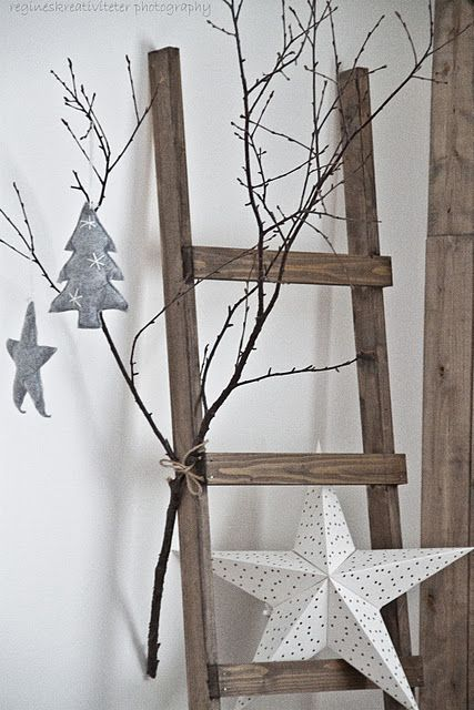 Ladder Decor On Wall : Simple christmas decor like this idea of putting branches