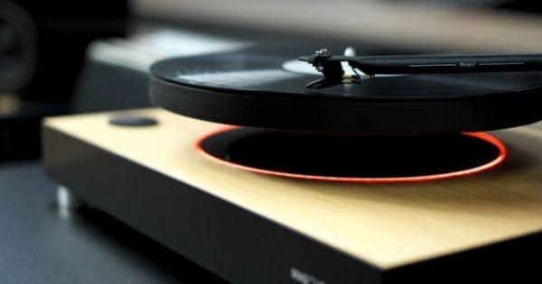 エッ無重力?!世界初、ターンテーブルが宙に浮くレコードプレーヤーが、何とも目を引くデザイン! | Techable(テッカブル) | Lightning idea | Pinterest | レコードプレーヤー、ターンテーブル、世界