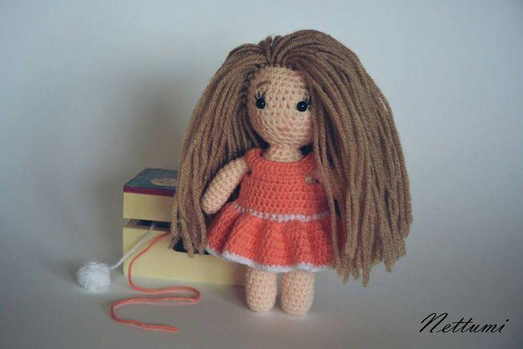 """0 kedvelés, 1 hozzászólás – Anett (@nettumi) Instagram-hozzászólása: """"#amigurumi #crochet #doll #dolldress #amigurumidoll #handmade #horgolt #baba #horgoltbaba"""""""
