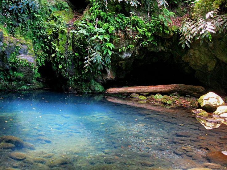 Blue well - Achadinha - São Miguel - Azores