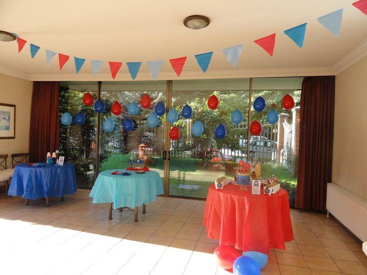 Party Design: Thomas and Friends Los colores azul, celeste y rojo!