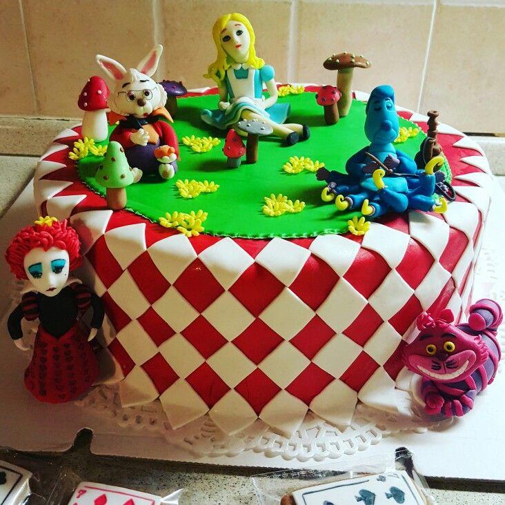 """Торт """" Алиса в стране чудес"""""""