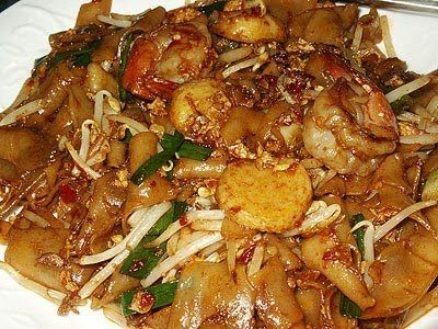 Singapore fried kway teow. My favourite noodle of all time~