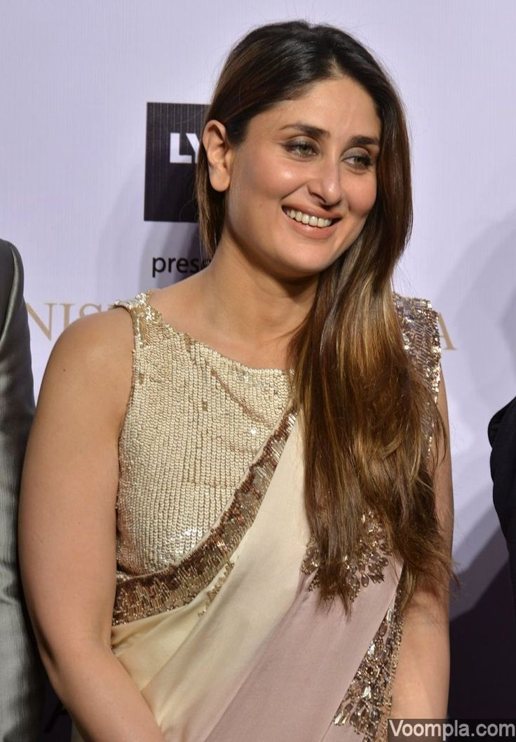 Kareena Kapoor's gorgeous traditinoal look in a Manish Malhotra sari and sleeveless sequinned blouse. via Voompla.com - blue womens blouse, short sleeve blouses for ladies, flowery blouse *sponsored https://www.pinterest.com/blouses_blouse/ https://www.pinterest.com/explore/blouse/ https://www.pinterest.com/blouses_blouse/womens-blouses/ http://us.asos.com/women/tops/shirts-blouses/cat/?cid=11318