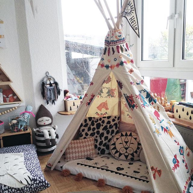 Love quriky and ecclectic rooms like this | #kidsroom