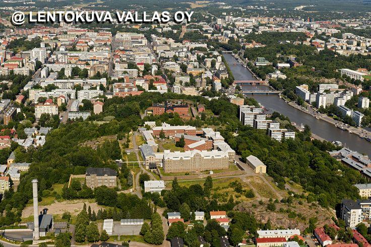 Kakolan vanha vankila ja kaupunkia Ilmakuva: Lentokuva Vallas Oy