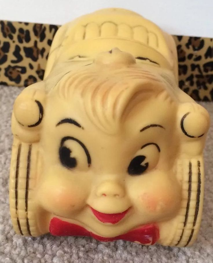 Early 1940's Rubber Vinyl Squeak Toy Car With Girl Face Bumper RARE #Unknown