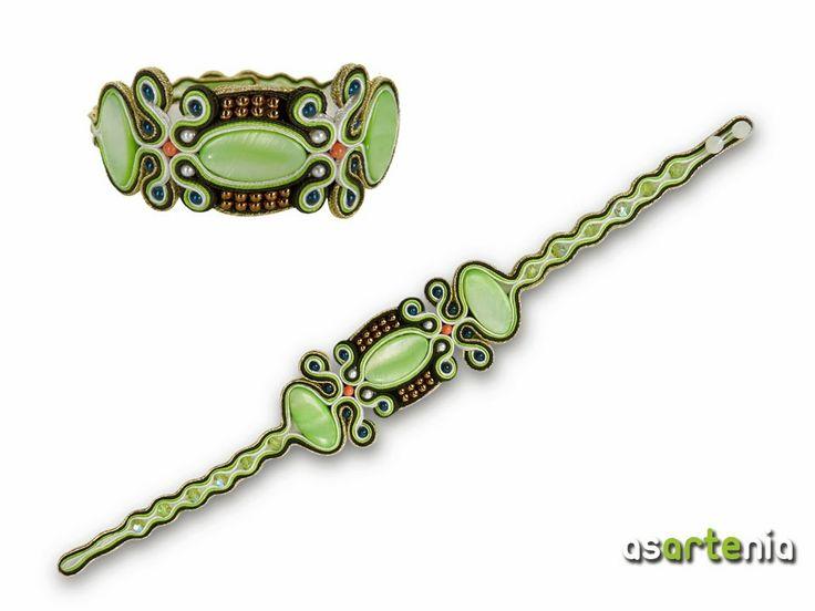 Ref PU-148. Pulsera de soutache en suaves tonos verdes con toques dorados y coral, ideal para esta primavera que se acerca. Precio 55€. / $76. http://www.asartenia.com/