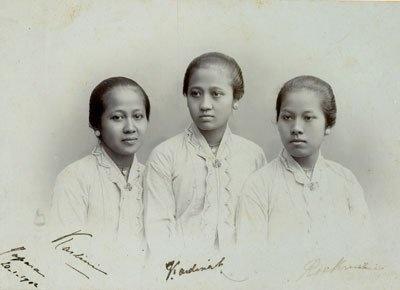 Kartini and sisters!