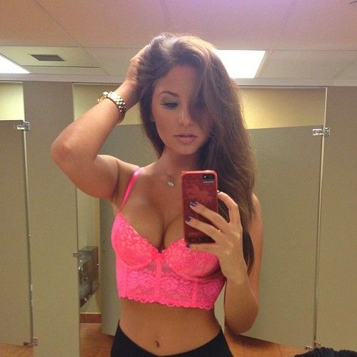 See The Hottest Teens 10