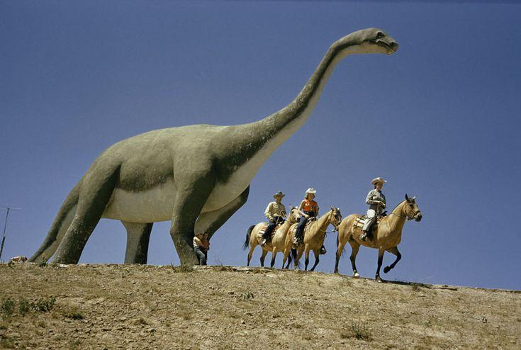 Парк динозавров в Южной Дакоте, 1956 / Фото дня / Моя Планета
