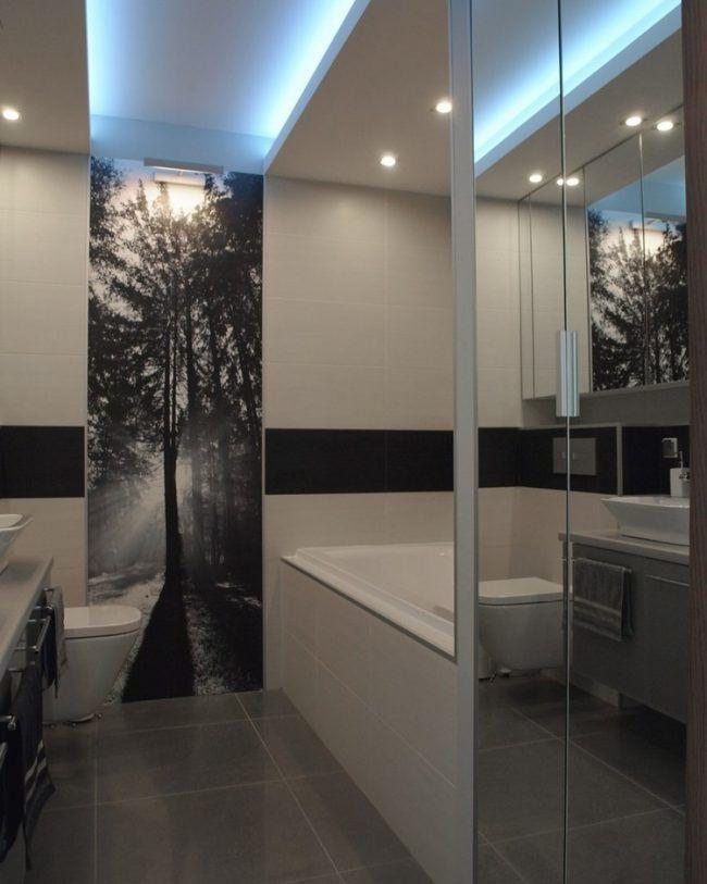 badezimmer-ideen-kleine-bader-fototapete-schwarz-weiss-wald-baume