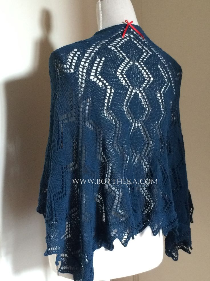 ZIGZAG shawl cotton, lace, blue http://www.ravelry.com/projects/Bottheka/zigzag-shawl