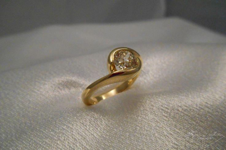 Solitaire or jaune et diamants «Lynne»   Bijoutier & Joaillier André PETIT
