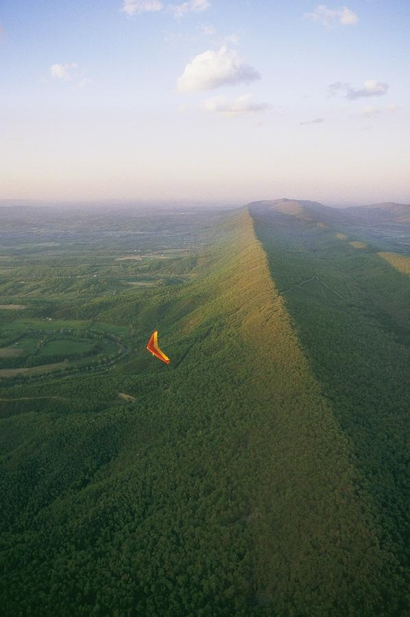 ✮ Hang Gliding Over Massanutten Mountain  -  -  hey melanie, thanks for inviting me! i'm not sure i can stay, but here are a few good ones for now! :D  @Melanie Pigeon