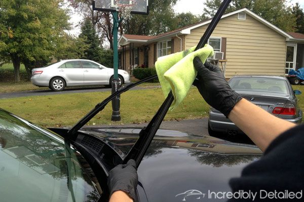 Clever Ways To Achieve A 'Dealership Clean' For Your Car – Page 32 – Fabulous 55