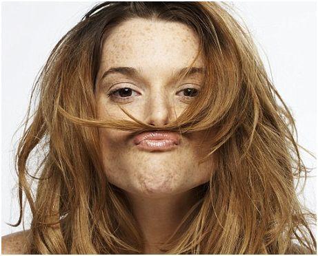 haar-in-je-gezicht.jpg 461×372 pixels