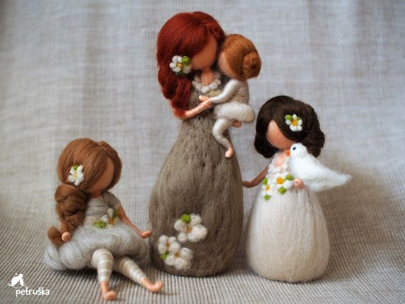 Mother Daughter Figurine – Mother Sculpture – Needle Felted Doll – Mother's Day Gift From Daughter – Felted Wool DollsClaudia Tretrop