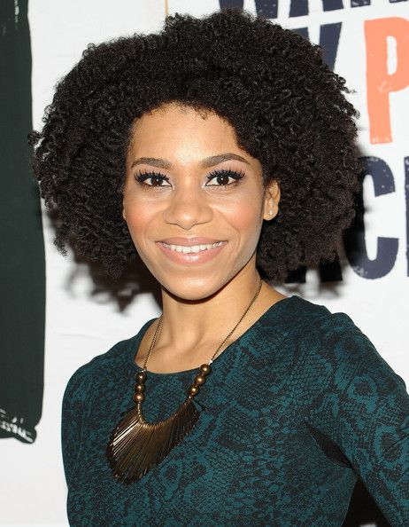 Kelly McCreary from the tv show Emily Owens MD