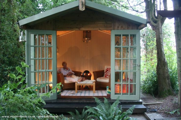 Cabin/Summerhouse from In the fern garden | Readersheds.co.uk #shedoftheyear