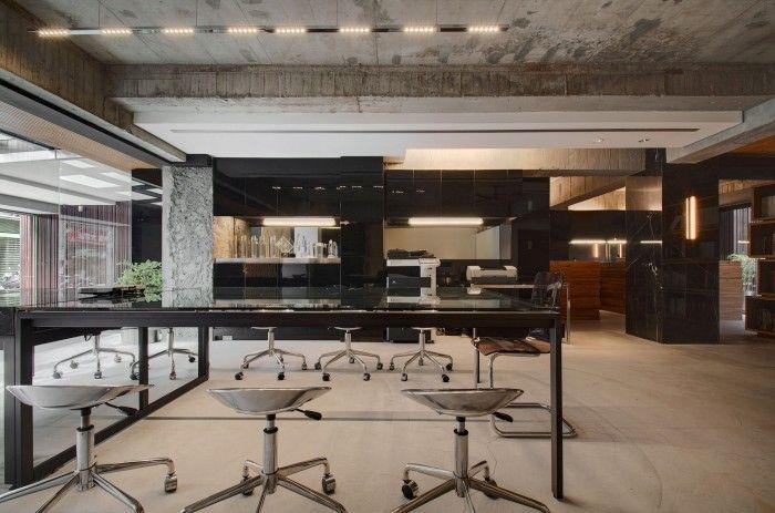 TBDC – Taipei Base Design Center Office / TBDC