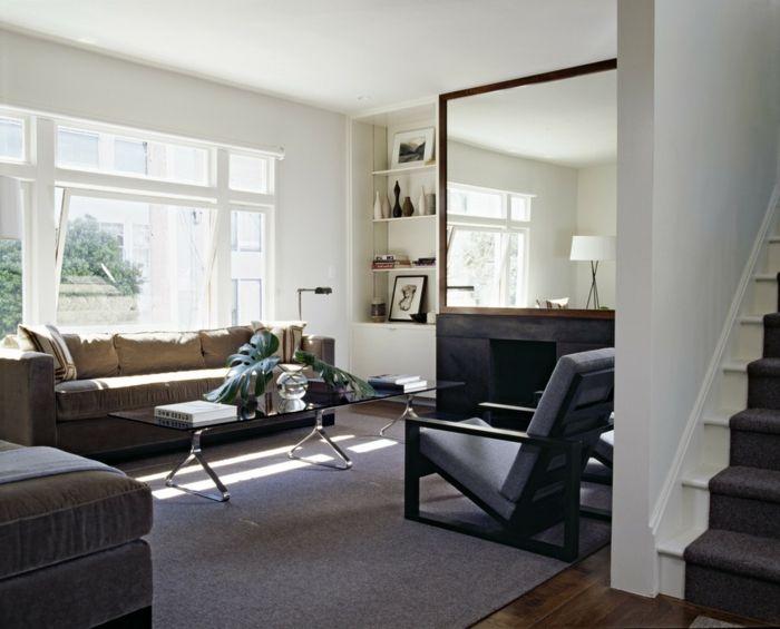 wohnideen wohnzimmer spiegel pflanze glastisch wandregale