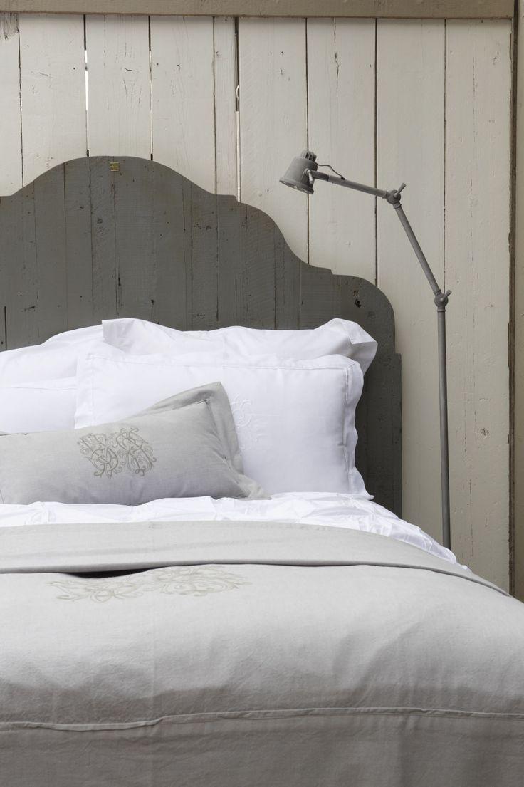Meer dan 1000 idee n over houten slaapkamer op pinterest rustiek hangende foto 39 s en rustieke - Slaapkamer houten ...