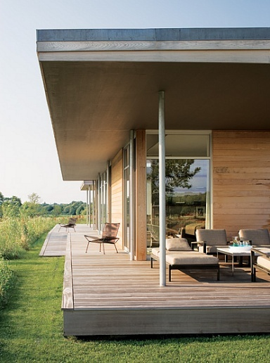 mahogany deck, thad hayes