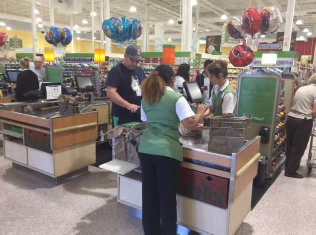 Grocery stores will do shopping for you, deliver too Publix offers delivery that starts online. Partnering with Instacart, once the order is submitted online, the food is gathered and then delivered. There is an up charge of a few cents per item depending on what it is, along with a delivery fee.