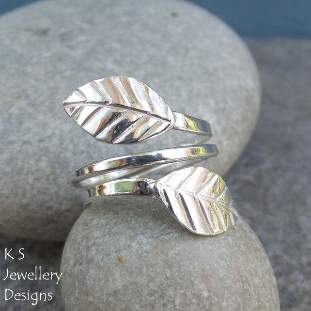 Wraparound Leaves Sterling & Fine Silver Adjustable Leaf Ring (Medium) Open Band £45.00