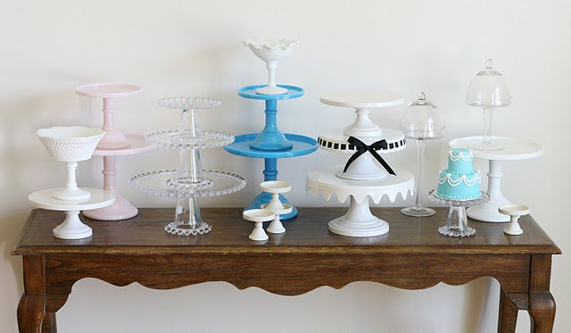 17 best images about cake stand love on pinterest for Pretty cake stands